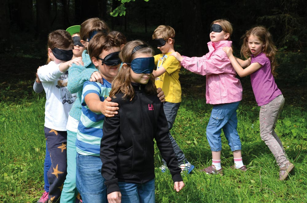 aktivwoche Kinder schueler spielen Tatzelwurm projektwoche projekttage klassenfahrt schullandwoche