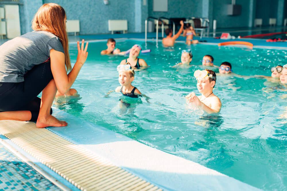 schwimmwoche schwimmkurs schwimmtrainerin projektwoche projekttage klassenfahrt schullandwoche