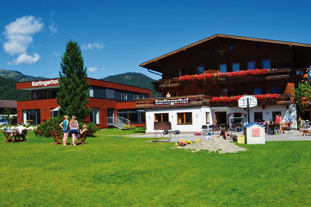 ach achenkirch karlingerhof sommer wiese projektwoche projekttage schullandwoche jugendherberge