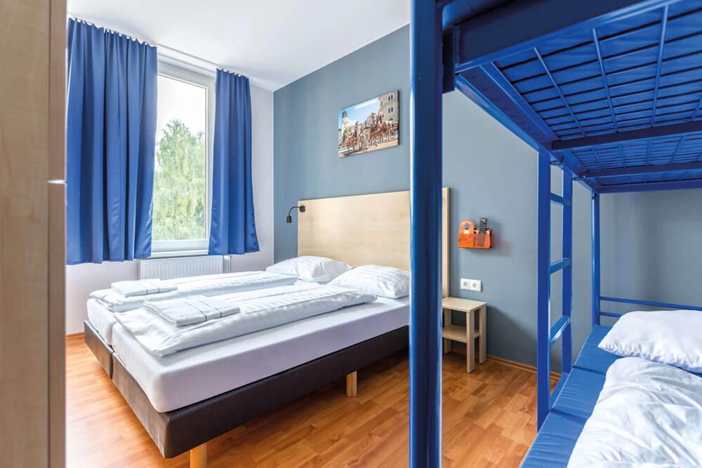 ash salzburg ao hostel hauptbahnhof mehrbettzimmer projektwoche klassenfahrt staedtreise