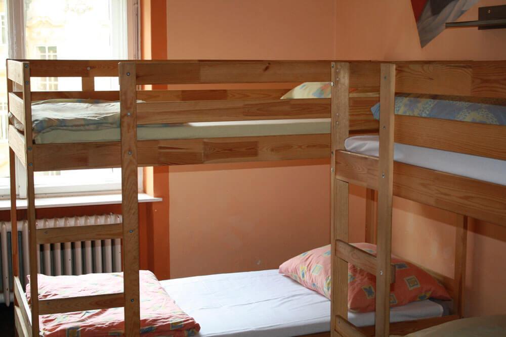 ksp prag standard mehrbettzimmer projektwoche klassenfahrt staedtreise hostel