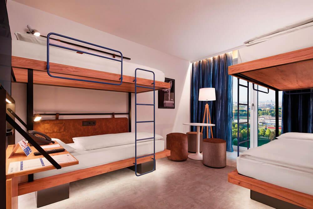 mho muenchen meininger hotel olympiapark mehrbettzimmer projektwoche klassenfahrt staedtreise hostel