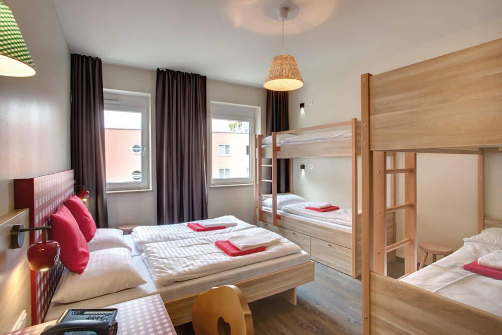 msa salzburg meininger hotel mehrbettzimmer projektwoche klassenfahrt staedtreise hostel