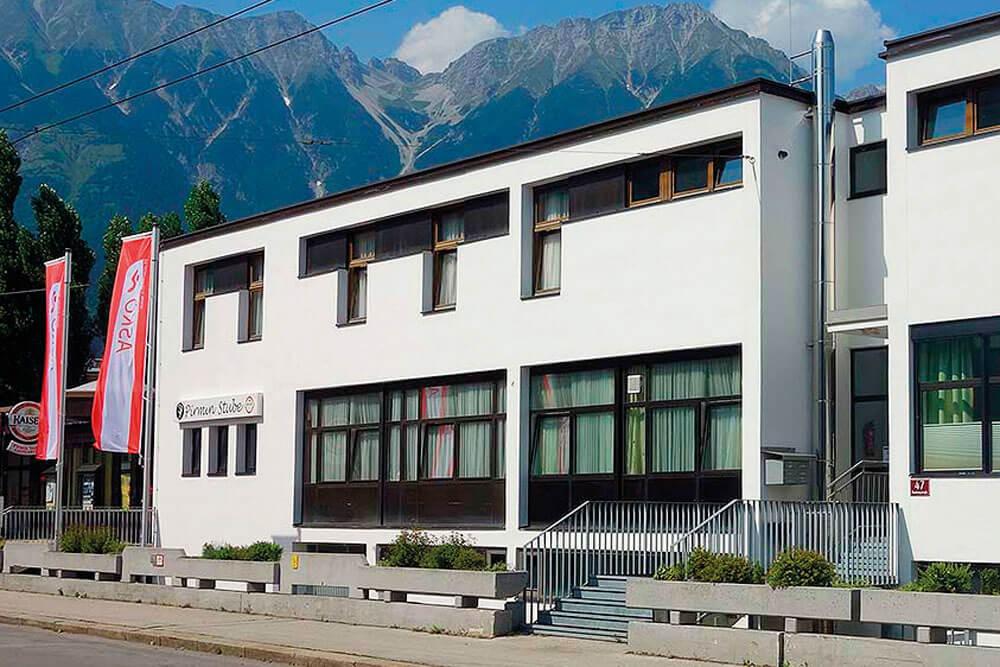 vhi innsbruck jugendgaestehaus volkshaus aussen projektwoche klassenfahrt staedtreise hostel